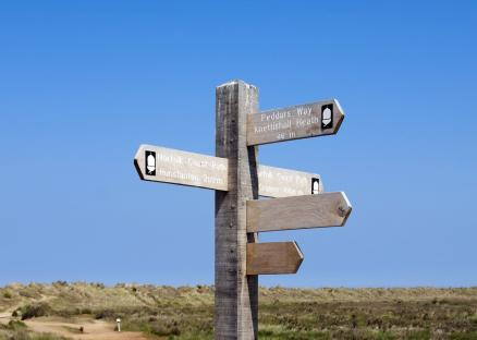Norfolk-signpost-walks-coast-Hunstanton